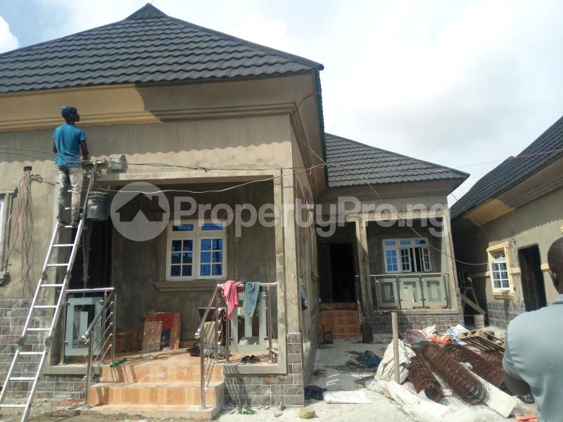 2 bedroom Semi Detached Bungalow House for rent Alimosho Lagos - 0