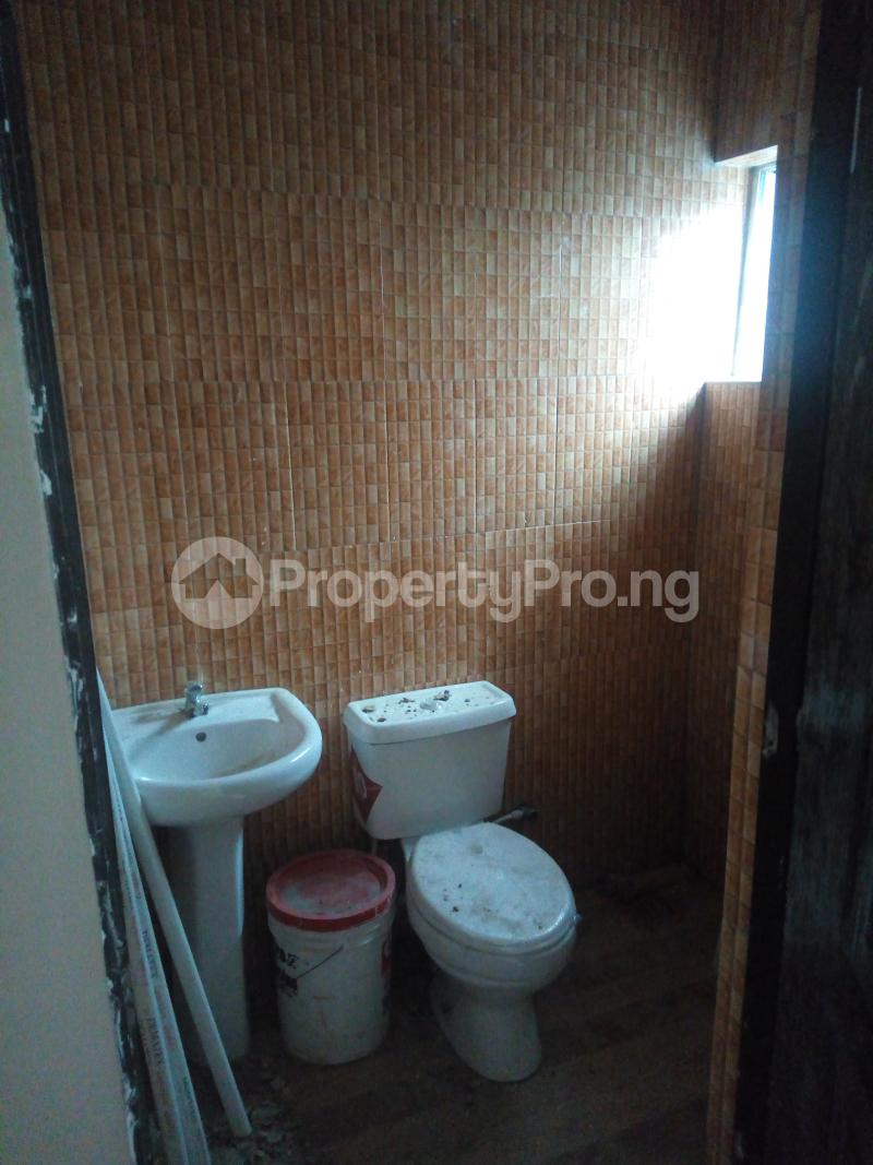 2 bedroom Semi Detached Bungalow House for rent Alimosho Lagos - 4