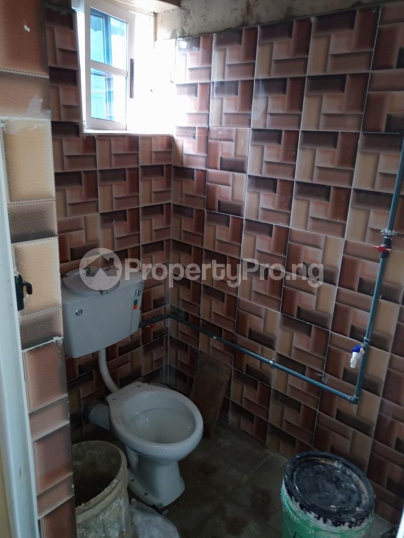 2 bedroom Flat / Apartment for rent Folagoro Fola Agoro Yaba Lagos - 7
