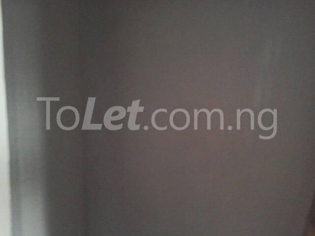 2 bedroom Flat / Apartment for rent Ajayi Road Ajayi road Ogba Lagos - 5