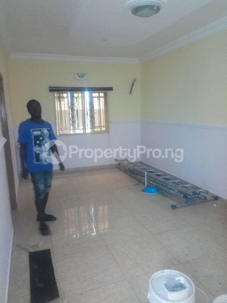 2 bedroom Flat / Apartment for rent Onireke off Mobil road Ilaje Ajah Lagos - 3
