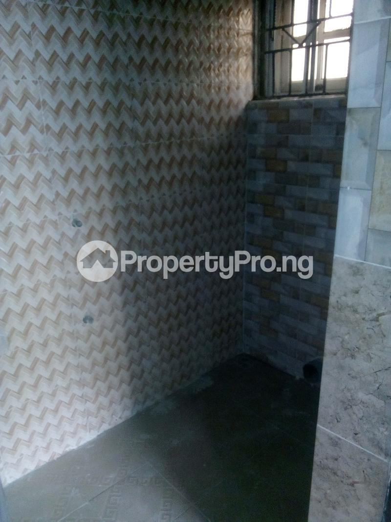 2 bedroom Flat / Apartment for rent Yabatech  Abule-Ijesha Yaba Lagos - 8
