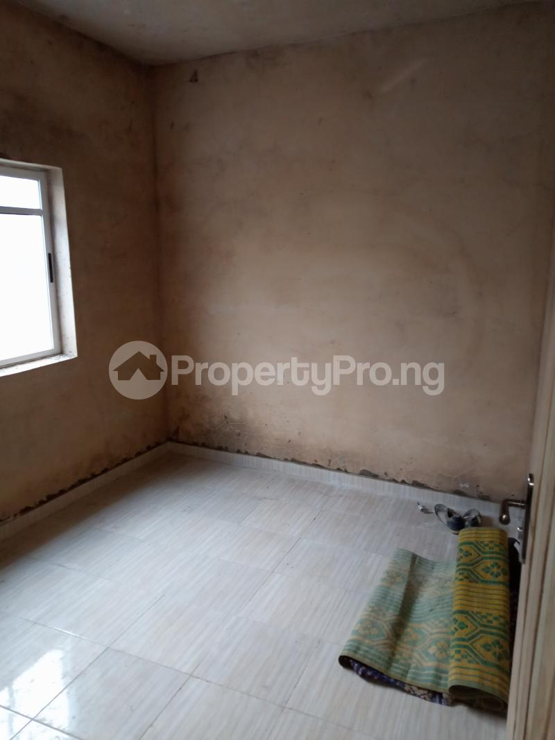 2 bedroom Flat / Apartment for rent Folagoro Fola Agoro Yaba Lagos - 4