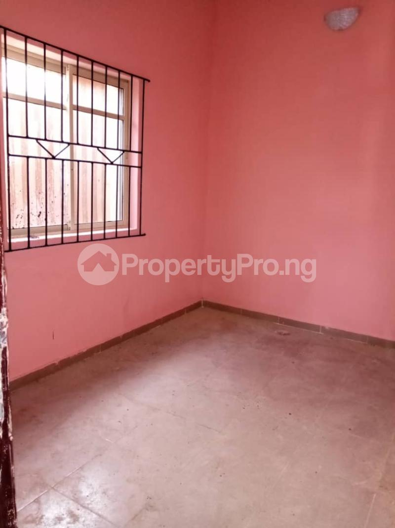 2 bedroom Blocks of Flats House for rent . Bariga Shomolu Lagos - 8
