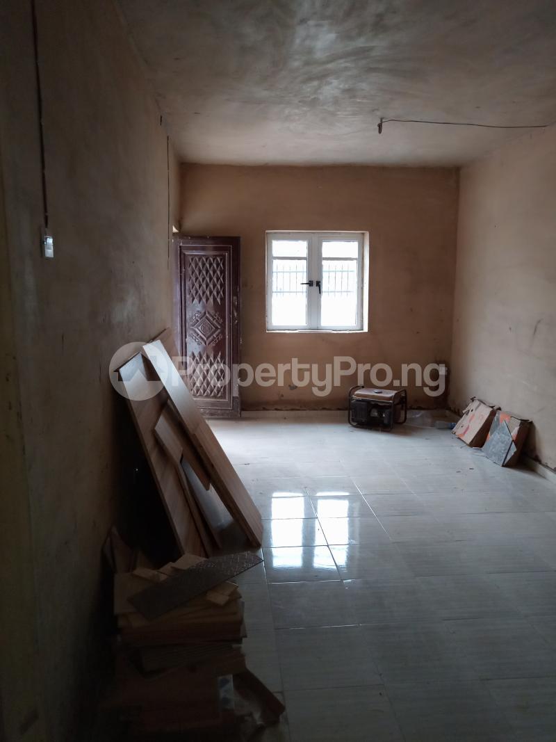2 bedroom Flat / Apartment for rent Folagoro Fola Agoro Yaba Lagos - 6