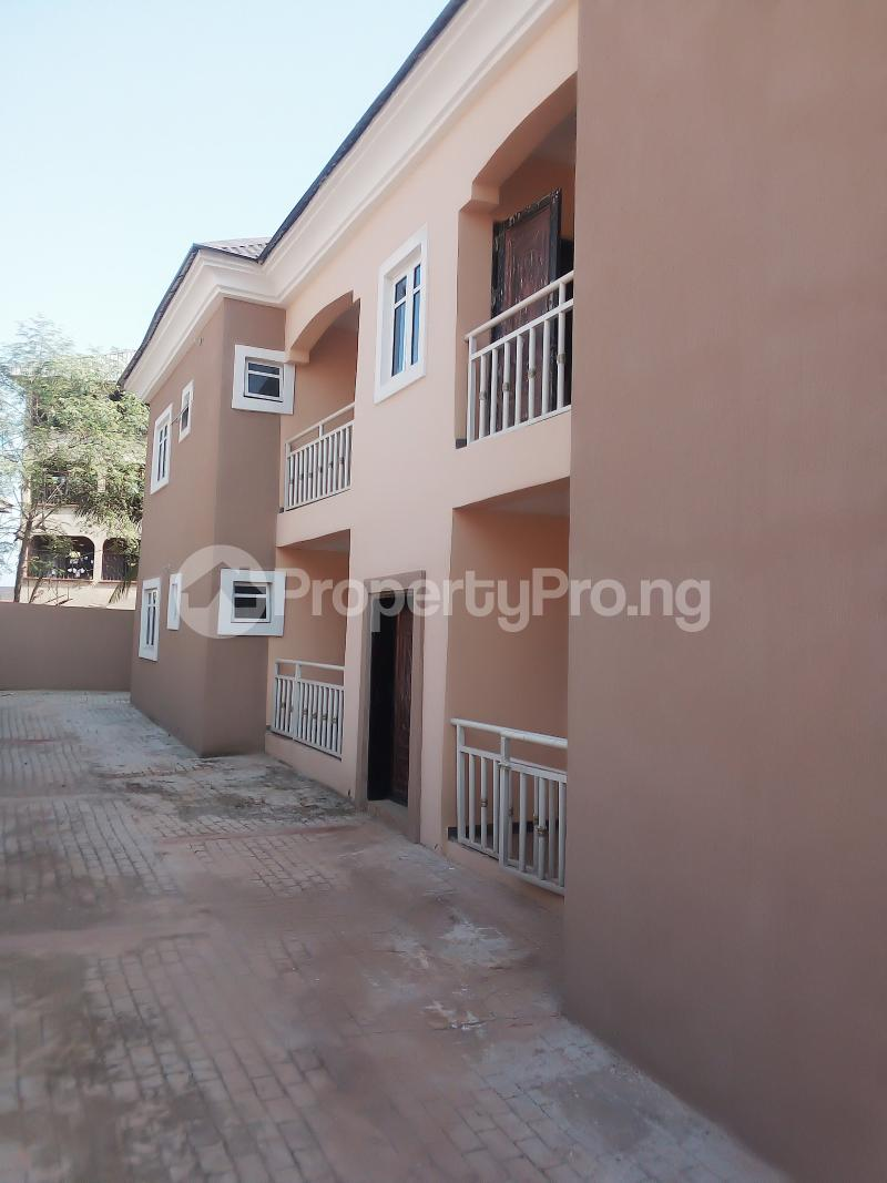 3 bedroom Blocks of Flats House for sale Off Bishop Shanahan Road Enugu Enugu - 2