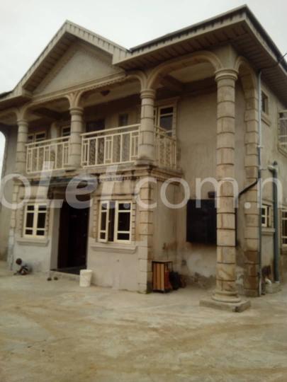 2 bedroom Flat / Apartment for sale Magboro Berger Ojodu Lagos - 5