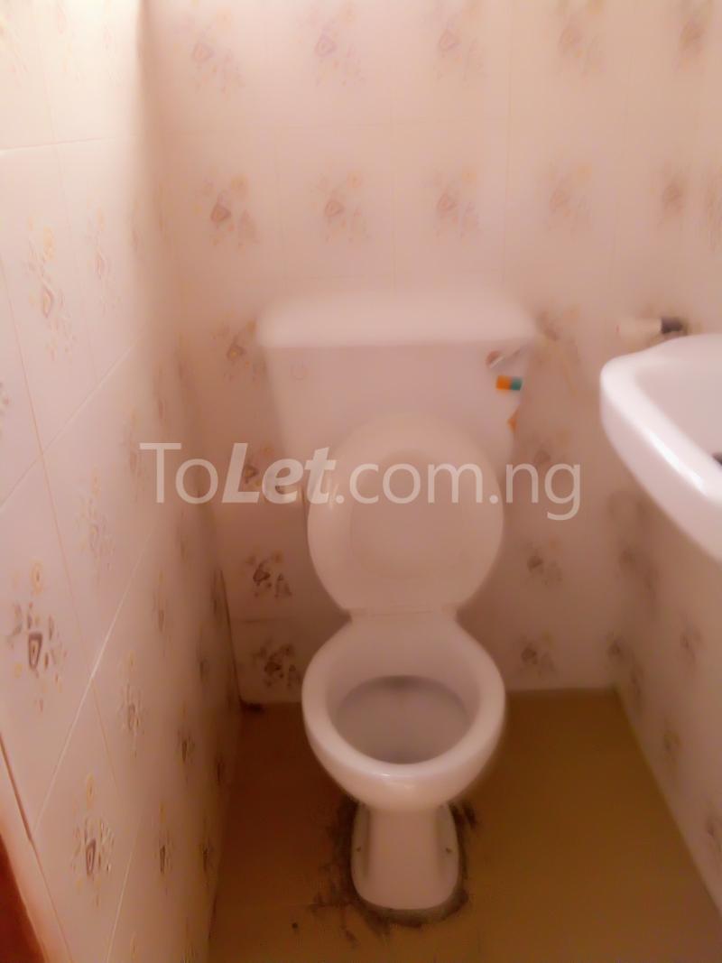 2 bedroom Flat / Apartment for rent Alhaji basiru Oke-Afa Isolo Lagos - 3
