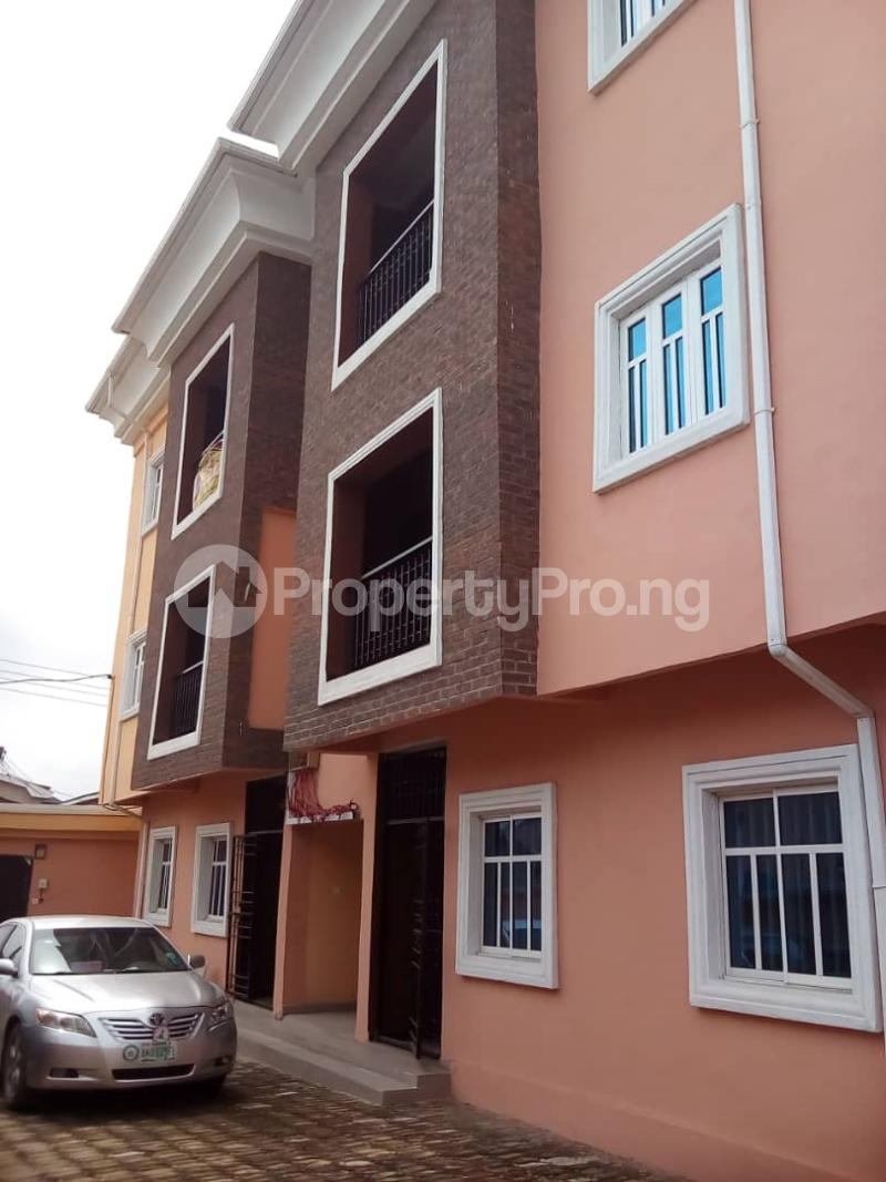 2 bedroom Flat / Apartment for sale Caustain  by Lead way Assurance  Iponri Surulere Lagos - 4