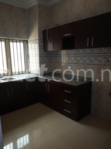 3 bedroom Flat / Apartment for rent Off Mobil/Ilaje Road Off Lekki-Epe Expressway Ajah Lagos - 3