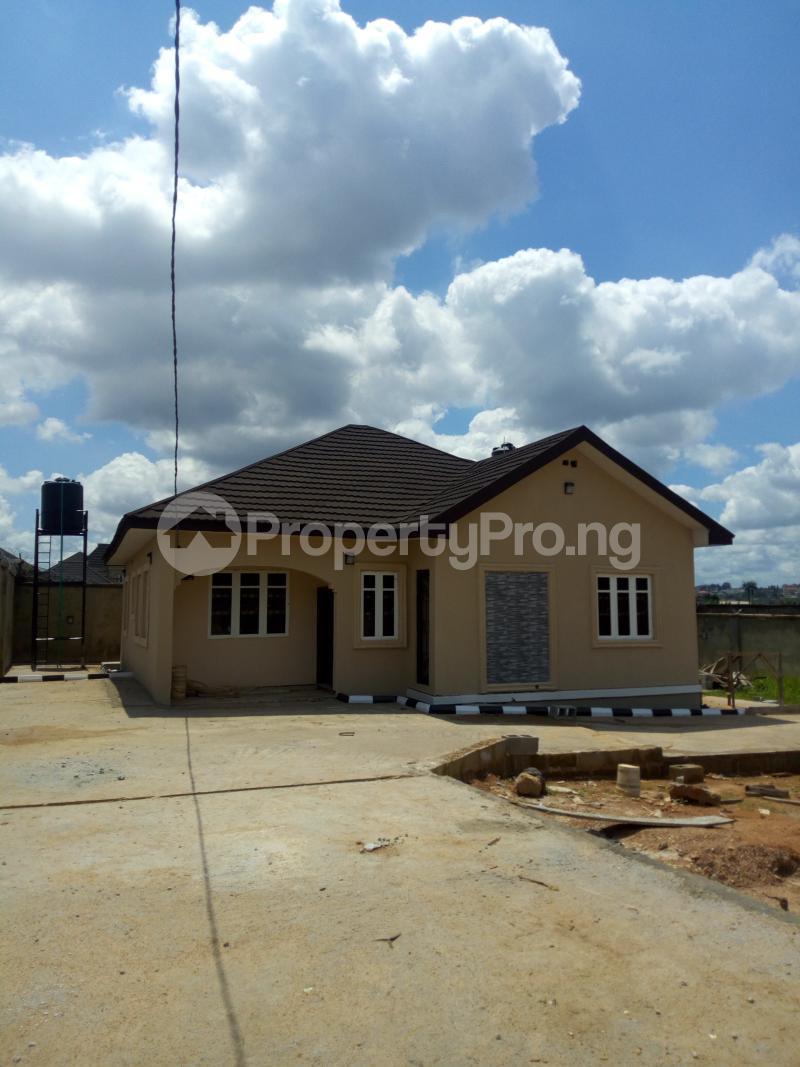 3 bedroom Detached Bungalow House for rent Kolapo ishola gra Akobo Ibadan Oyo - 0