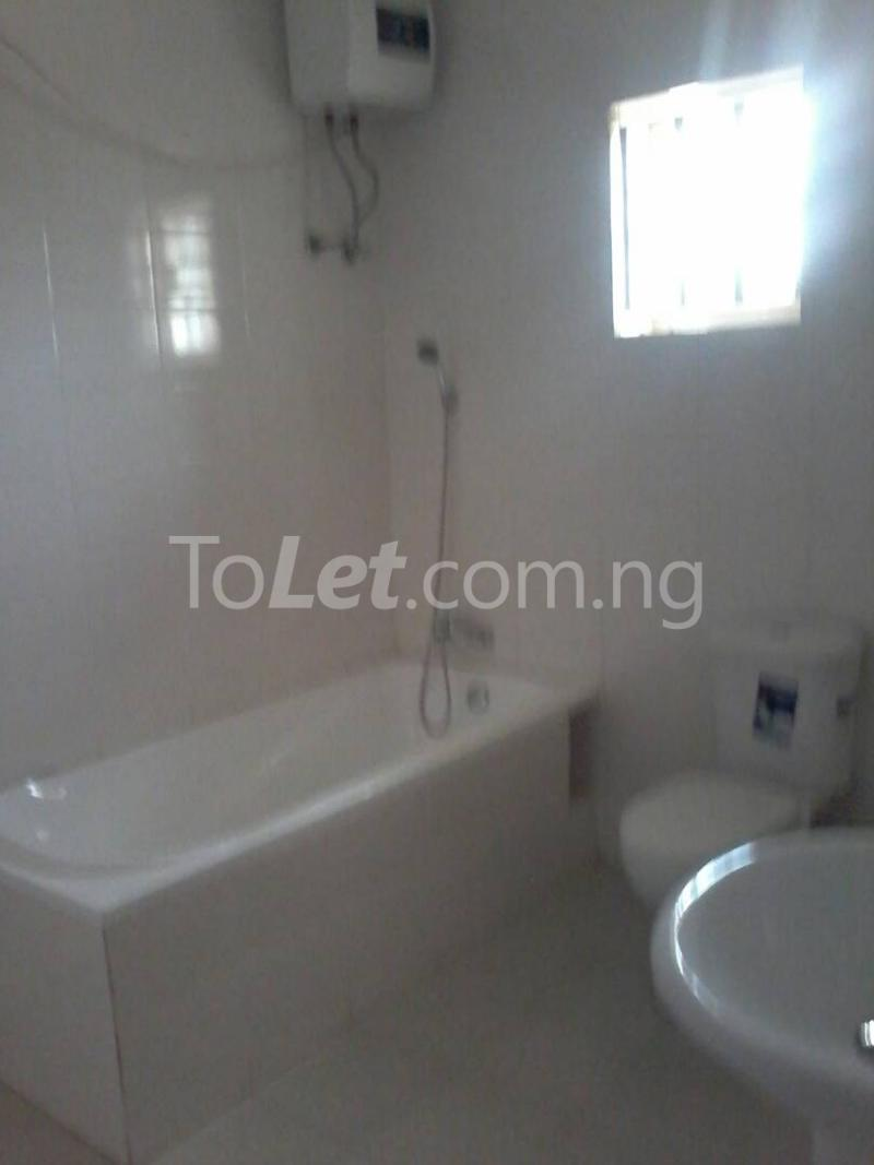3 bedroom House for sale - Gaduwa Phase 2 Abuja - 3