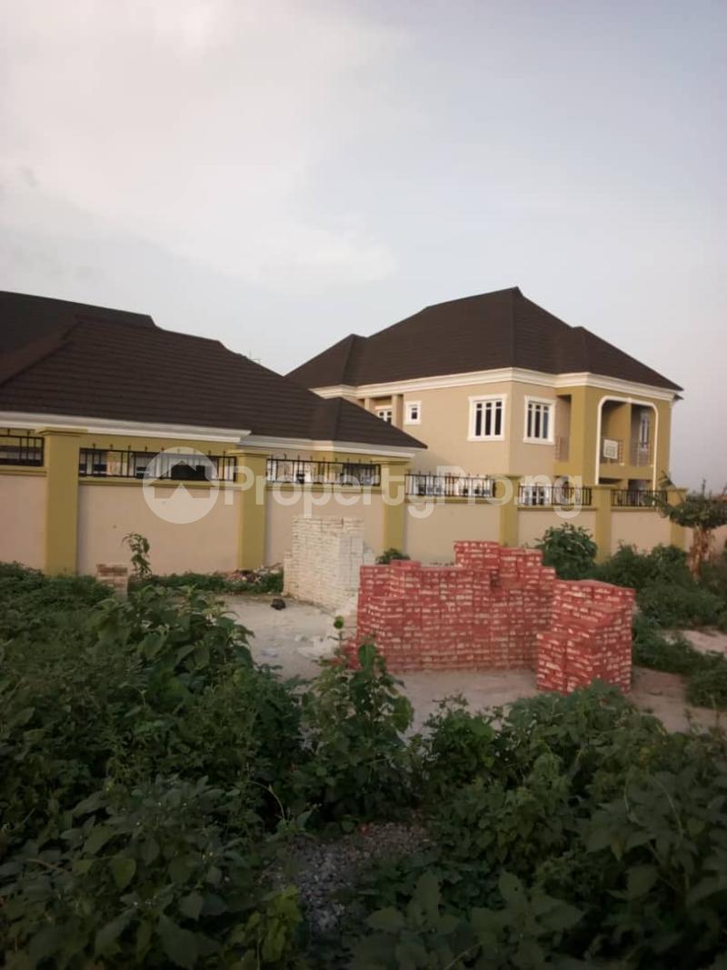 3 bedroom Detached Duplex House for rent ayegoro opposite kolapo ishola estate Akobo Ibadan Oyo - 5