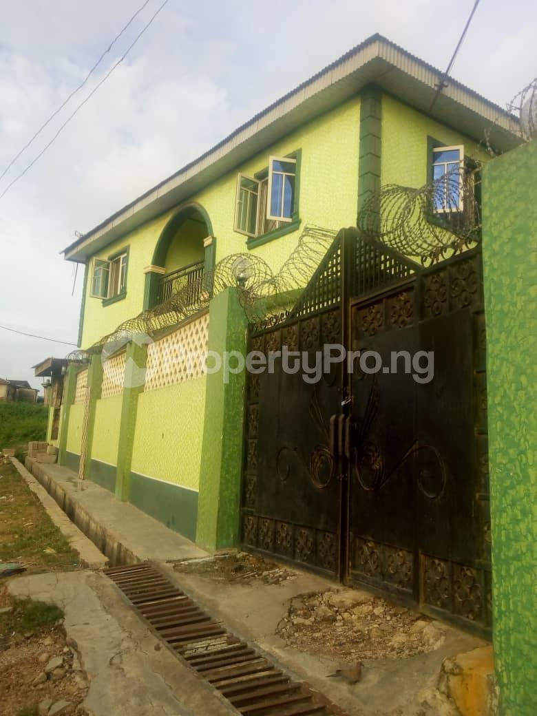 3 bedroom Studio Apartment Flat / Apartment for rent Boluwaji Soka Ibadan Oyo - 2