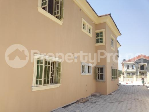 3 bedroom Flat / Apartment for rent Located along christ embassy Durumi Abuja - 9