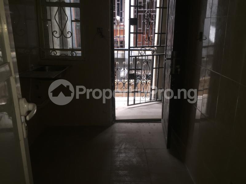 3 bedroom Flat / Apartment for rent Alaka  Abule-Ijesha Yaba Lagos - 11