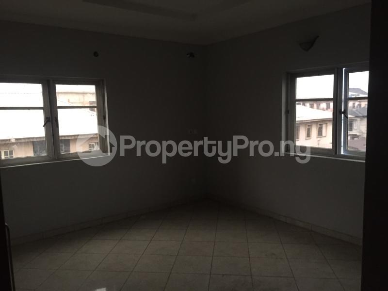 3 bedroom Flat / Apartment for sale Hughes Avenue  Alagomeji Yaba Lagos - 1