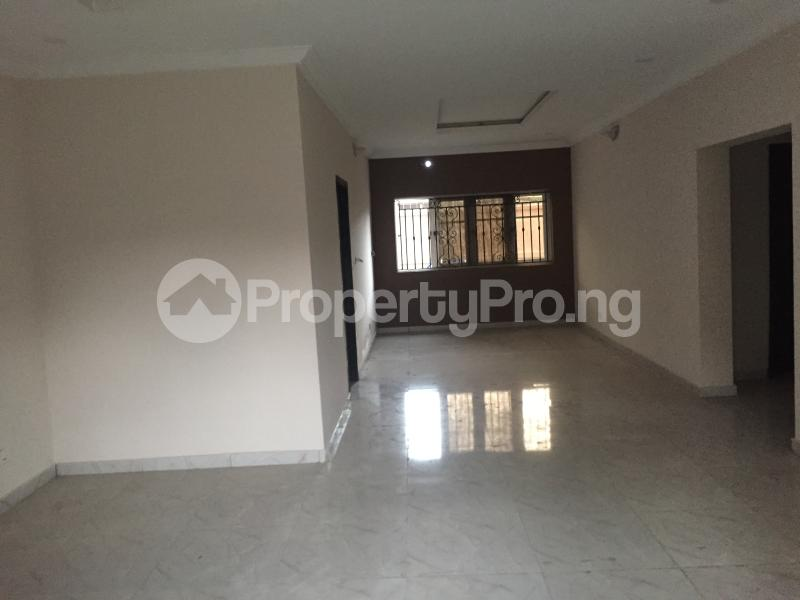 3 bedroom Flat / Apartment for sale Hughes Avenue  Alagomeji Yaba Lagos - 8
