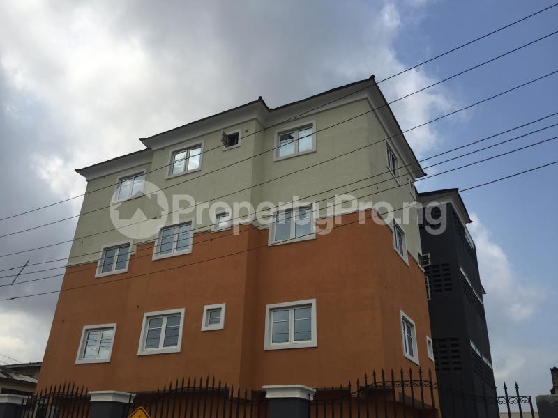 3 bedroom Flat / Apartment for sale Hughes Avenue  Alagomeji Yaba Lagos - 10