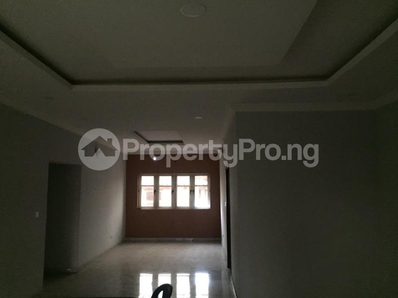 3 bedroom Flat / Apartment for sale Hughes Avenue  Alagomeji Yaba Lagos - 5