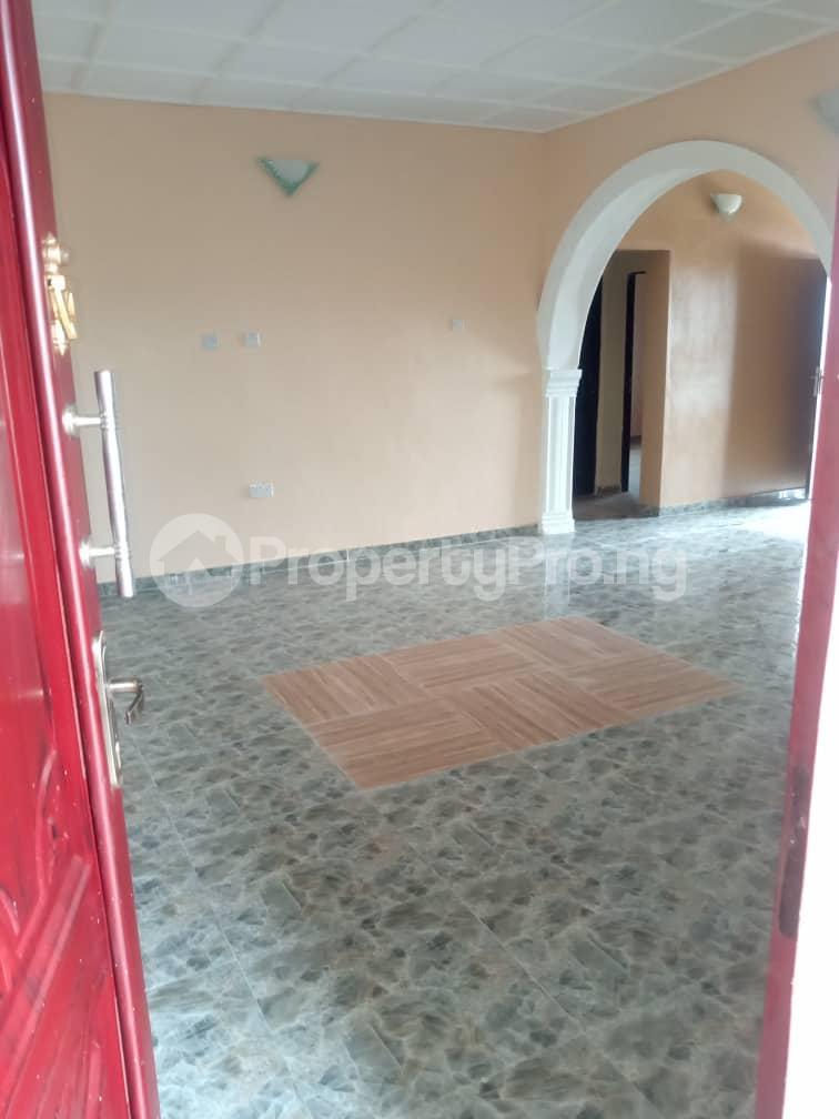 3 bedroom Blocks of Flats House for rent Airport road alakia Iwo Rd Ibadan Oyo - 2