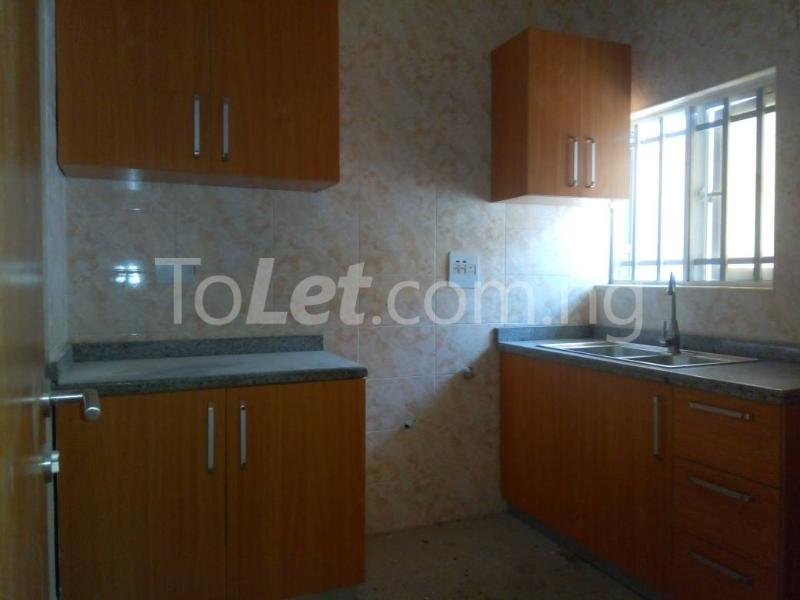 3 bedroom Flat / Apartment for rent - Osapa london Lekki Lagos - 9