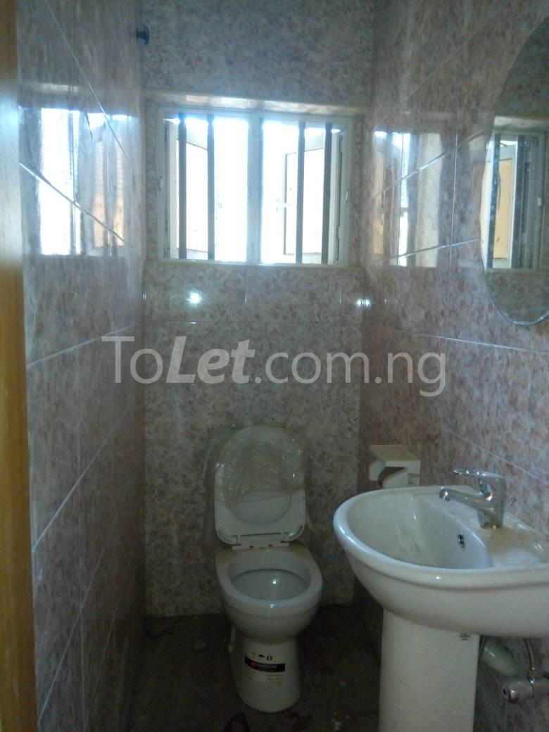 3 bedroom Flat / Apartment for rent - Osapa london Lekki Lagos - 12