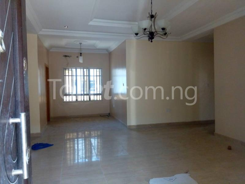 3 bedroom Flat / Apartment for rent - Osapa london Lekki Lagos - 7