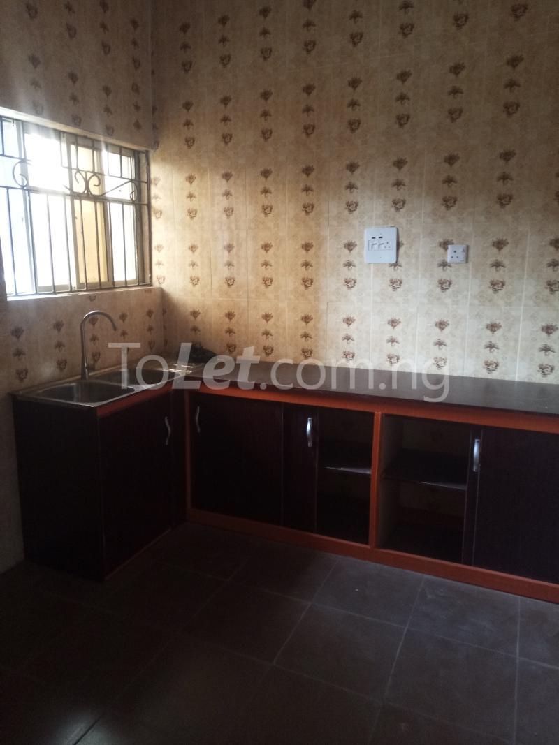 3 bedroom Flat / Apartment for rent - Ogudu-Orike Ogudu Lagos - 3