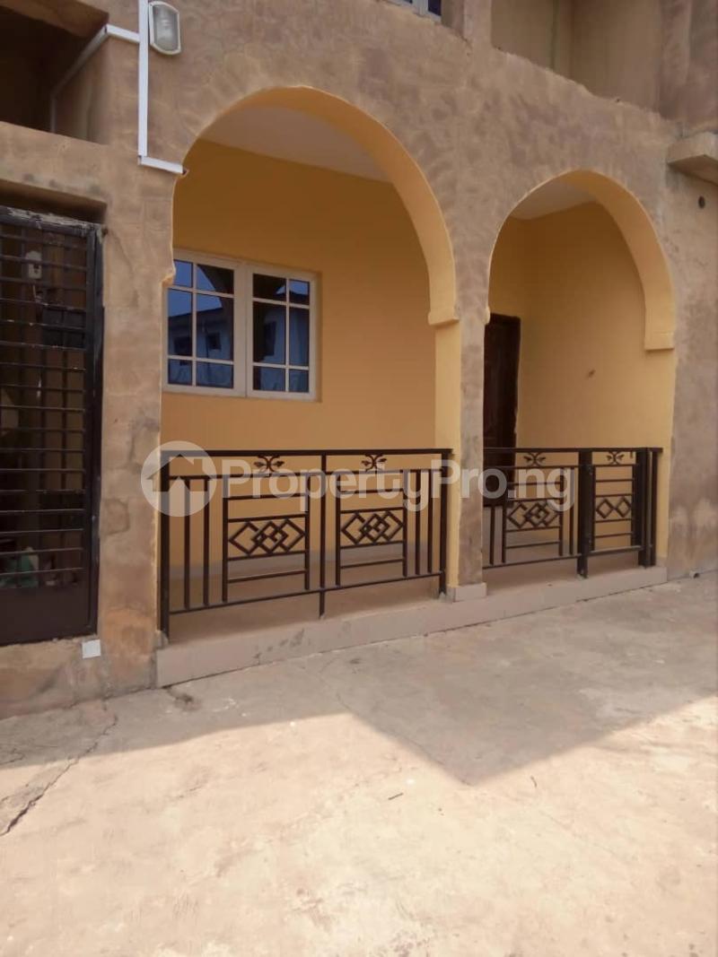 3 bedroom Flat / Apartment for rent olusoji off akala express,oluyole extension Akala Express Ibadan Oyo - 1
