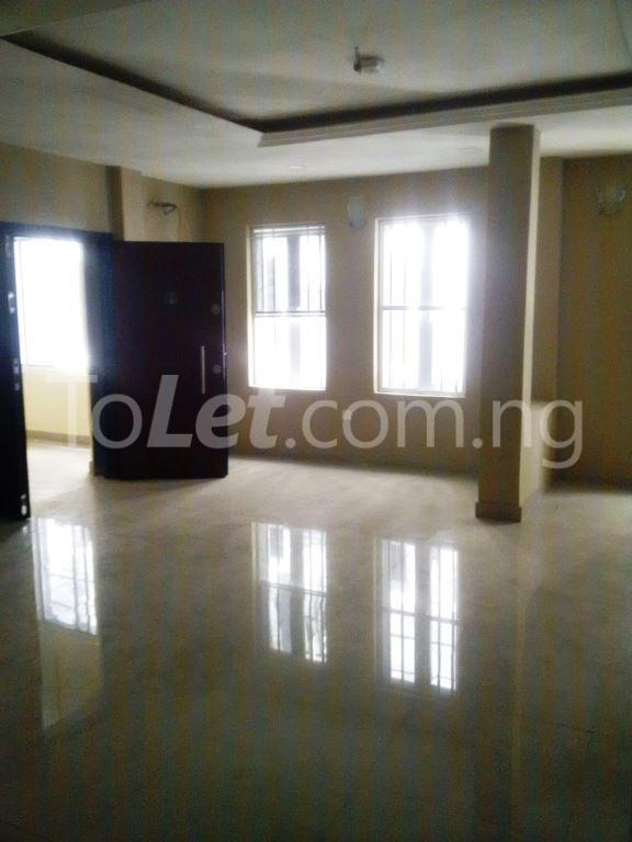 3 bedroom Flat / Apartment for sale Maryland Maryland Lagos - 10
