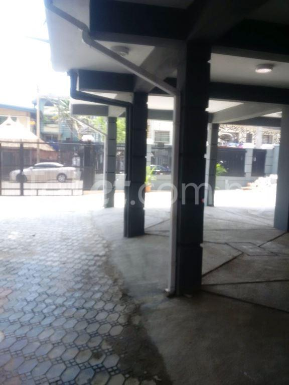3 bedroom Flat / Apartment for sale Maryland Maryland Lagos - 4
