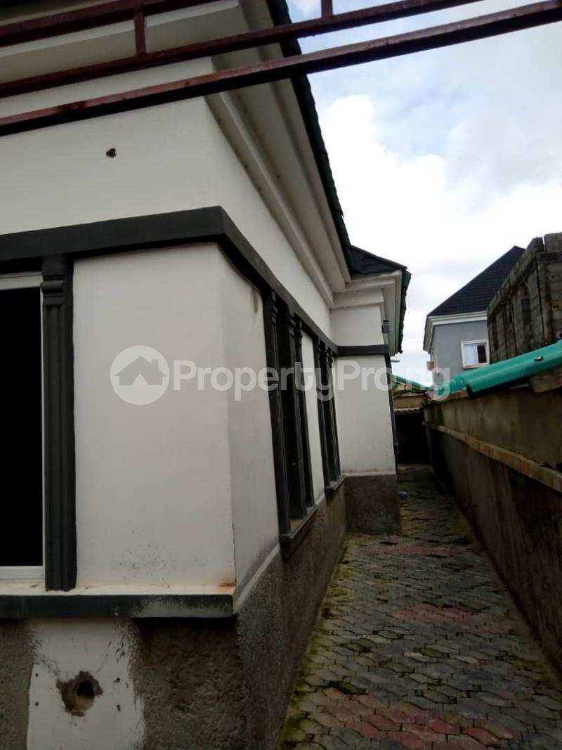 3 bedroom Terraced Bungalow House for sale Divine home off Thomas Estates. Thomas estate Ajah Lagos - 10