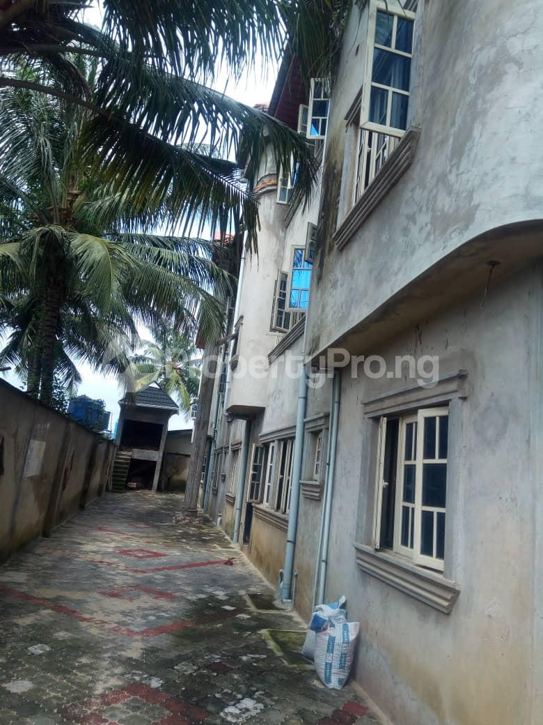 3 bedroom Shared Apartment Flat / Apartment for rent Governor road. Isheri Egbe/Idimu Lagos - 1