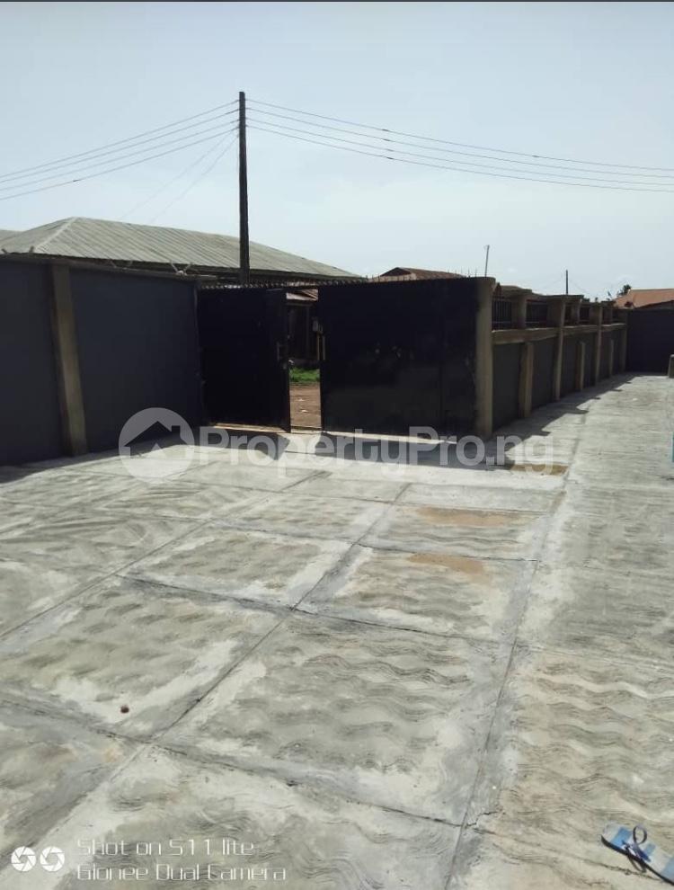 3 bedroom Blocks of Flats House for rent Elewuro Akobo Ibadan Oyo - 3