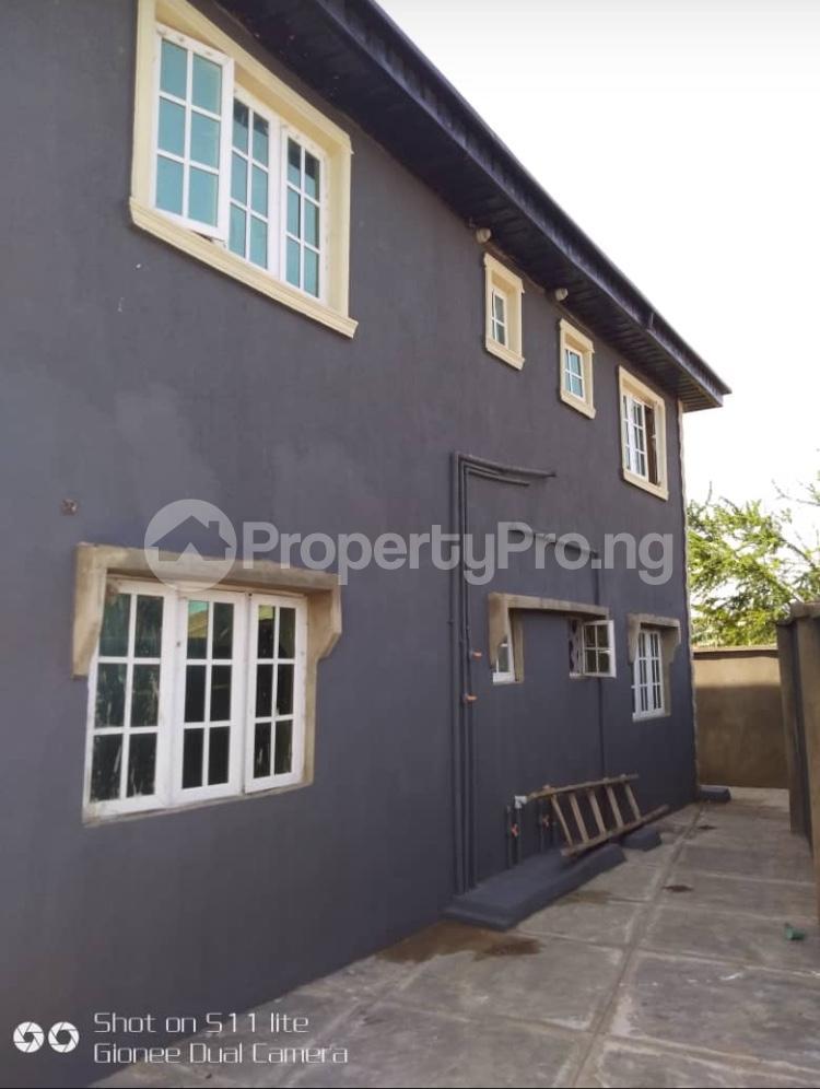 3 bedroom Blocks of Flats House for rent Elewuro Akobo Ibadan Oyo - 4