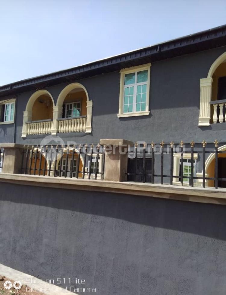 3 bedroom Blocks of Flats House for rent Elewuro Akobo Ibadan Oyo - 0