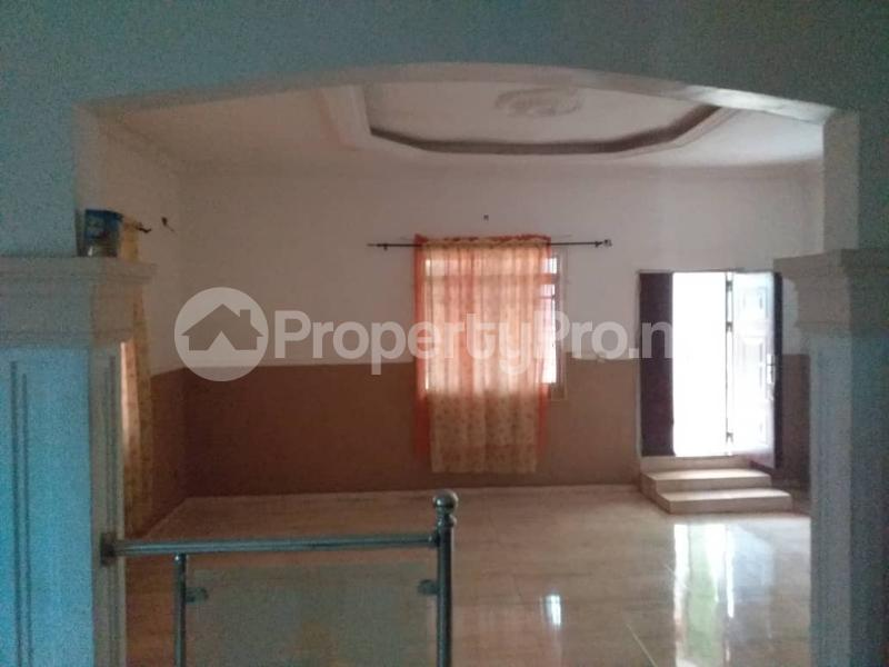 3 bedroom Detached Bungalow House for sale Upper Airport road, immediately after the river Oredo Edo - 3