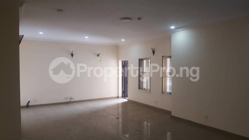3 bedroom Flat / Apartment for rent  off Adekayode Street, ArowojobeEstate Mende Maryland Lagos - 3