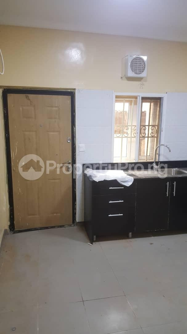 3 bedroom Flat / Apartment for rent  off Adekayode Street, ArowojobeEstate Mende Maryland Lagos - 10