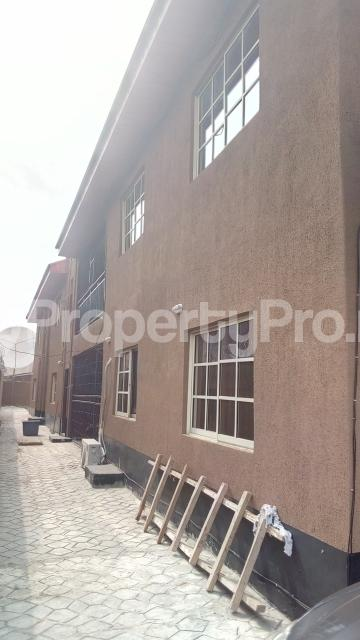 3 bedroom Flat / Apartment for rent chiveta avenue Ajao Estate Isolo Lagos - 0