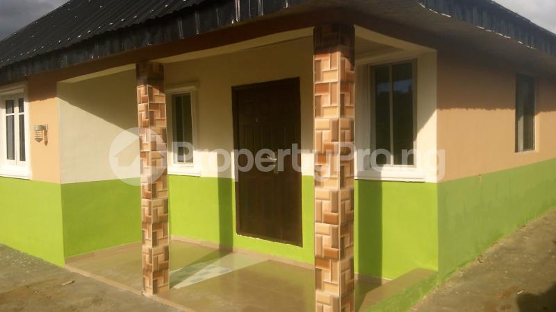 3 bedroom Detached Bungalow House for sale isebo olosan road Alakia Ibadan Oyo - 1