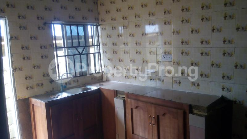 3 bedroom Self Contain Flat / Apartment for rent odk bus stop alakia isebo Ibadan Alakia Ibadan Oyo - 1