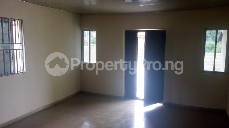 3 bedroom Detached Bungalow House for sale isebo olosan road Alakia Ibadan Oyo - 9