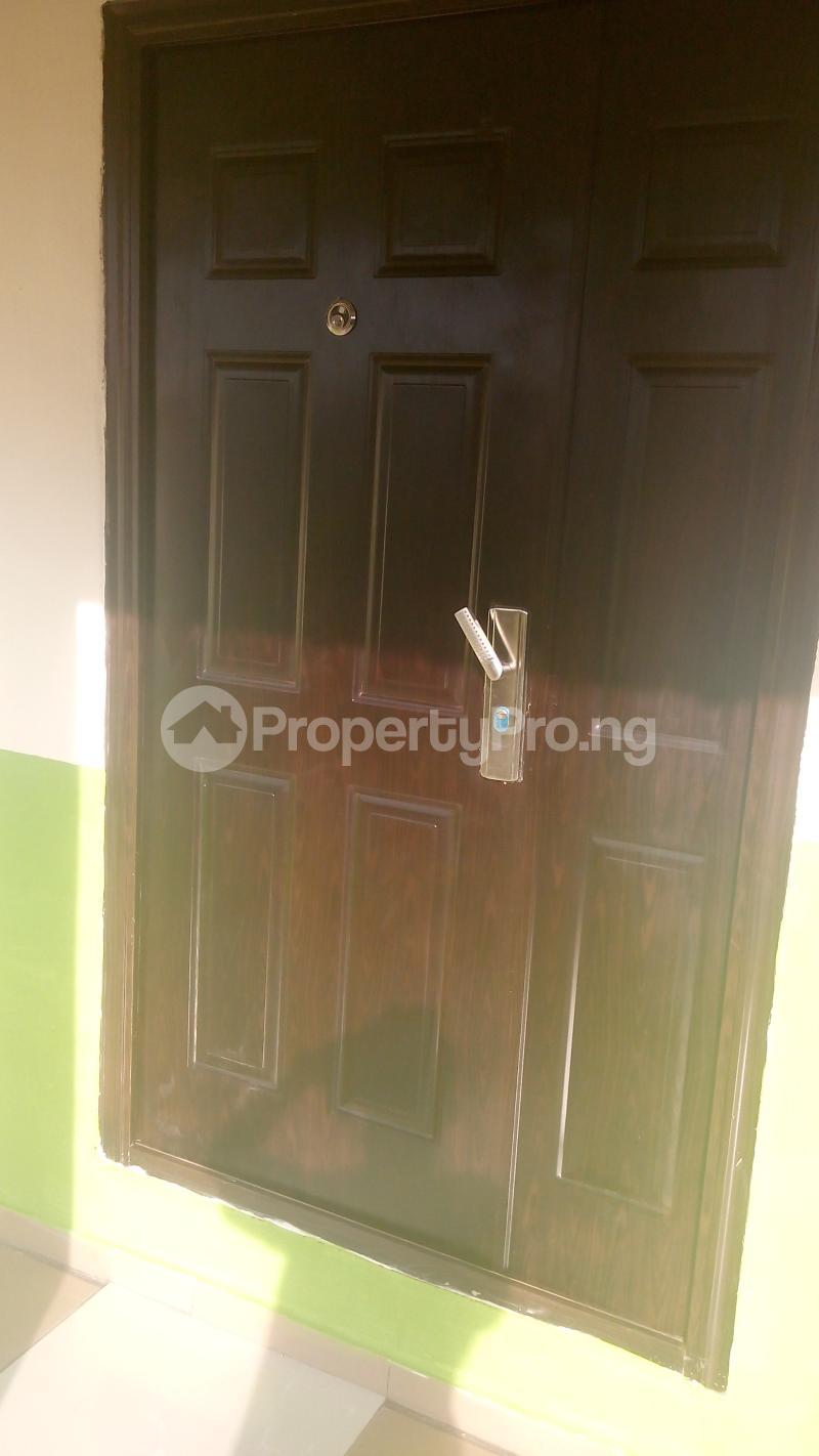 3 bedroom Detached Bungalow House for sale isebo olosan road Alakia Ibadan Oyo - 4