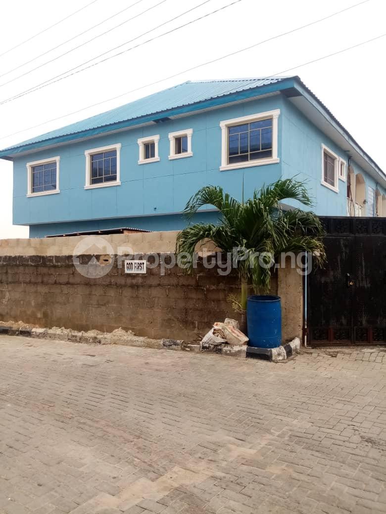 3 bedroom Flat / Apartment for rent Estate  Millenuim/UPS Gbagada Lagos - 6