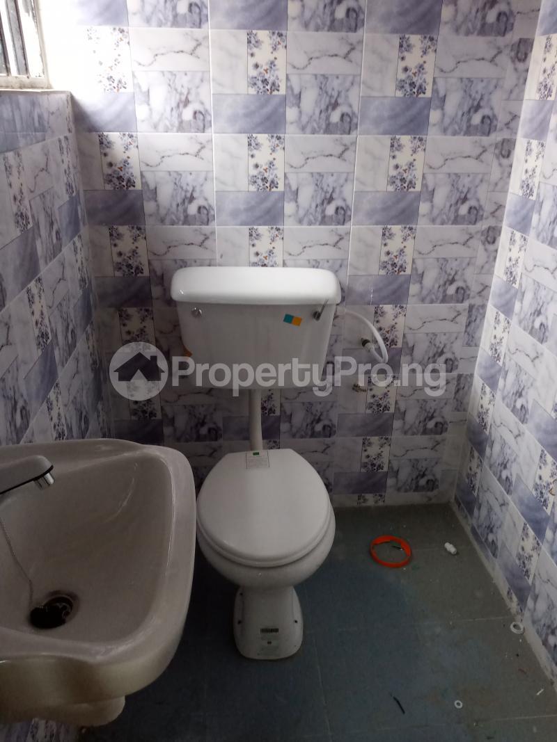3 bedroom Blocks of Flats House for rent Elewure Akala Express Ibadan Oyo - 5