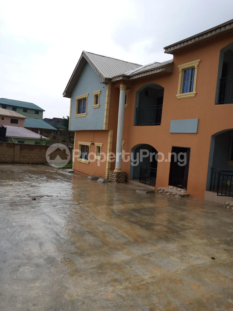 3 bedroom Blocks of Flats House for rent Ireakari estate Akala Express Ibadan Oyo - 0