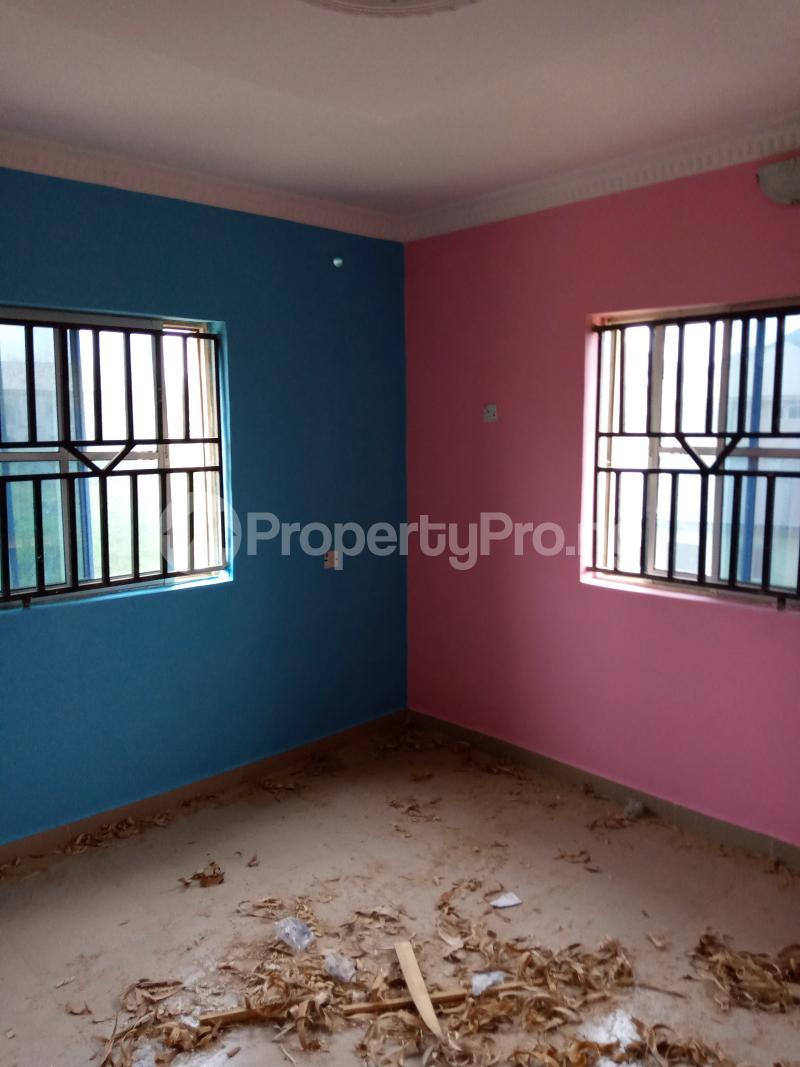 3 bedroom Blocks of Flats House for rent Ireakari estate Akala Express Ibadan Oyo - 3