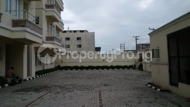 3 bedroom Flat / Apartment for rent ONIRU Victoria Island Lagos - 10